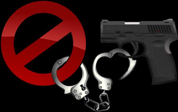 Pistole, die gerade an ein Verbotsschild gekettet wird